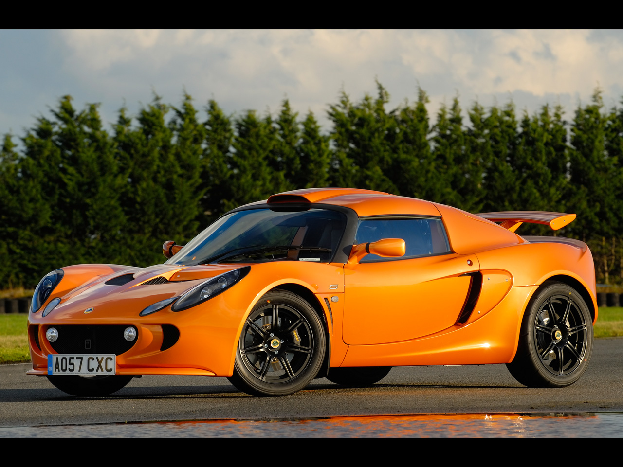 the return of lotus cars car finder service advice. Black Bedroom Furniture Sets. Home Design Ideas