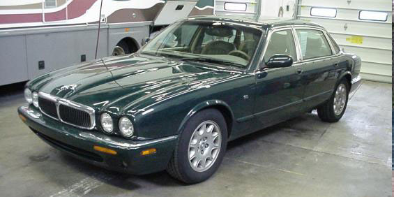 1998 Jaguar XJ8 L pictures. Years 1998 - 2000. XJ8L Pricing