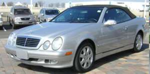 2002 Mercedes-Benz CLK320 Convertible pictures