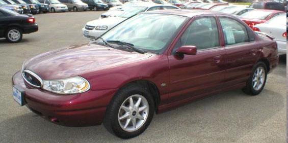 1999 Ford Contour Sedan picture