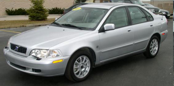Volvo S40 Picture - Used Car Pricing, Financing and Trade ...