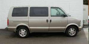 2003 GMC Safari 2WD Van pictures