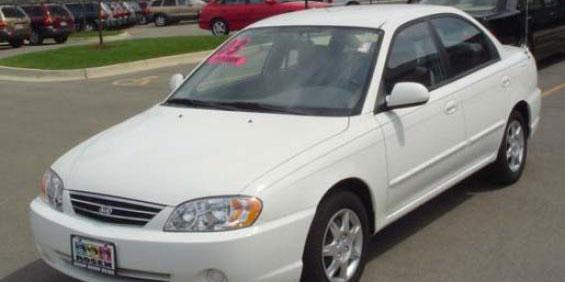2003 Kia Spectra Sedan Picture