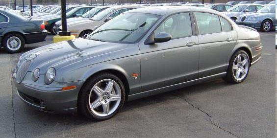 jaguar super v8 picture used car pricing financing and trade in value. Black Bedroom Furniture Sets. Home Design Ideas