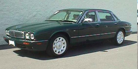 2001 Jaguar Vanden Plas Pictures